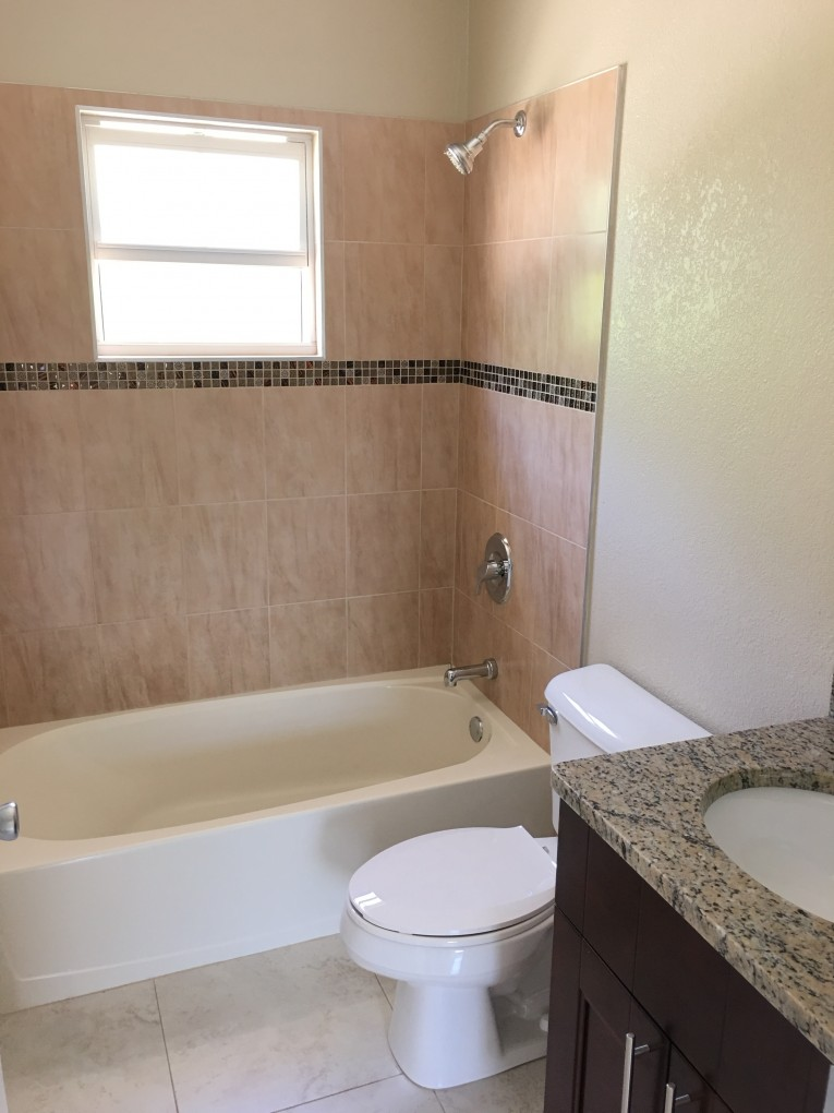 Silver Thatch Heights Development for sale, 1002, Savannah Property - Bathroom