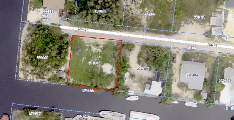 NORTH SOUND ESTATES CANAL LOT for sale, 1117, Newlands Property